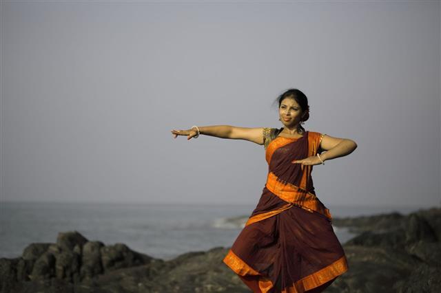 Practising Classical Dancer