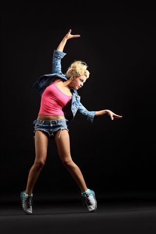 The Modern Dancer