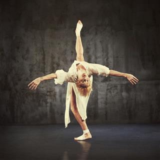 Modern Jazz Dancer Practicing