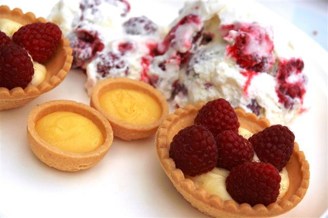 Raspberry Tarts With Raspberry Mousse Dessert