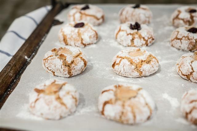 Traditional Italian Almond Biscuit Amaretti