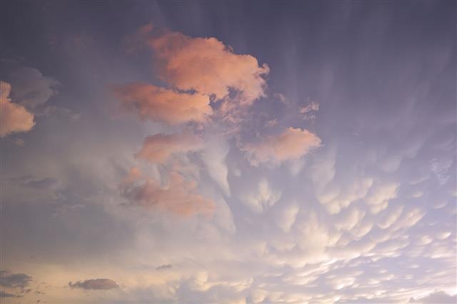 Mammatus And Cumulus