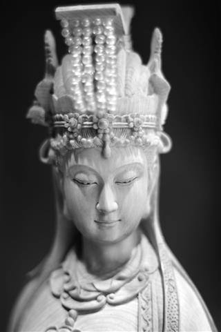 Buddhism God Kwan Yin Statue