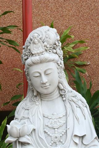 Marble Quan Yin