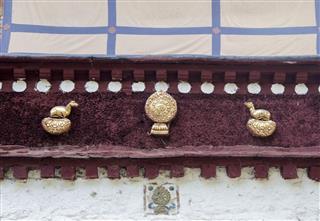 Tibetan Roof Decoration
