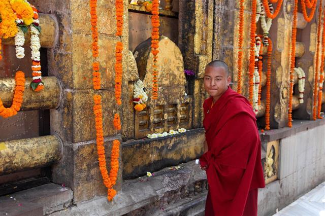 Mahabodhi Temple In Bodh Gaya