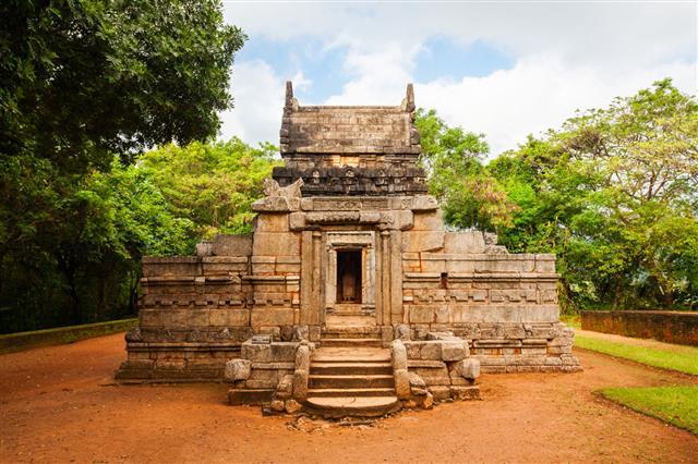 Nalanda Gedige Hindu Temple