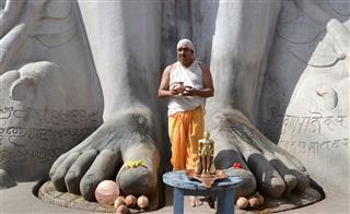 Jain Religious Ritual At Shravanabelagola India