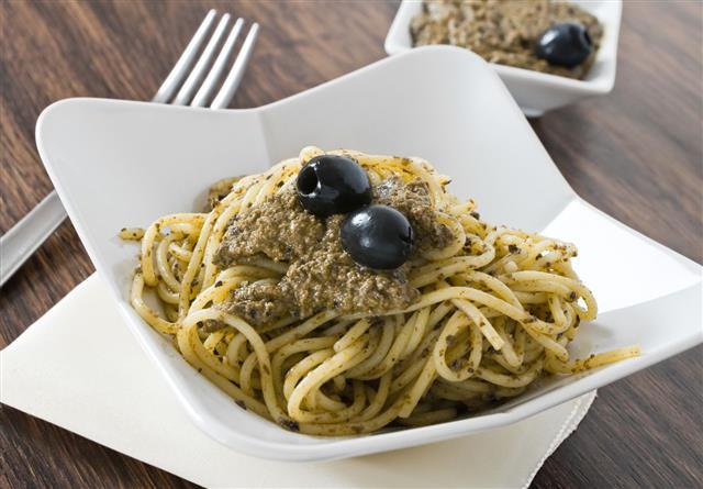 Spaghetti With Black Olive Pesto
