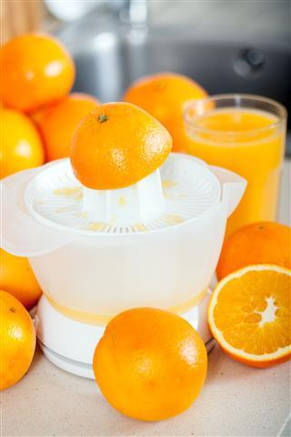 Few Oranges