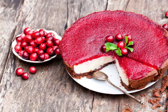 Delicious Cranberry Cake