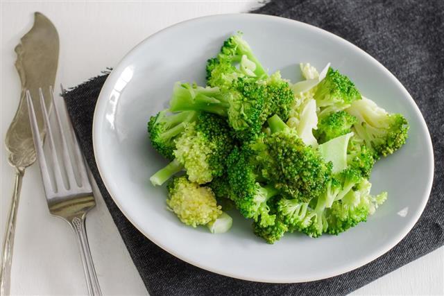 Steamed Broccoli Plate