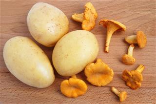 Mushrooms With Potatoes
