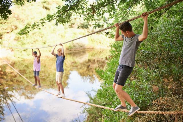 Daring Adventurers