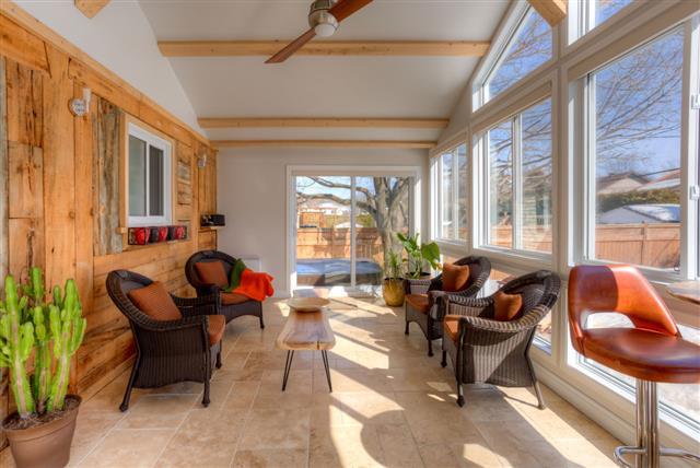 Sunroom With Modern Furniture