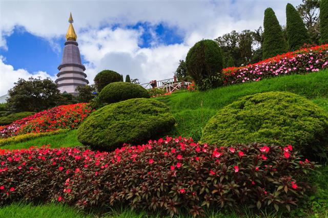 Phra Maha Dhatu Naphapholphumisiri Pagoda At Doi Inthanon