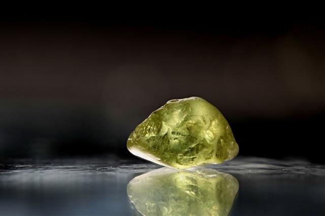 Gem Quality Peridot Crystal
