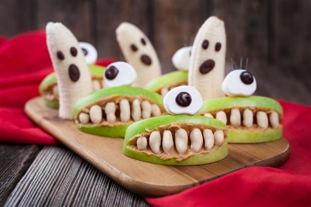 Funny Halloween Dessert