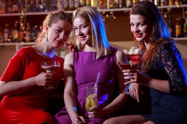 Flirt In The Bar