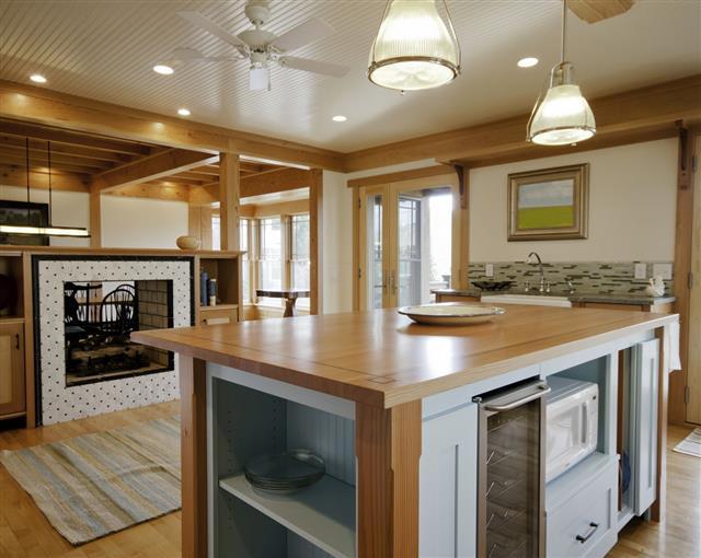 Kitchen island with refridgeration