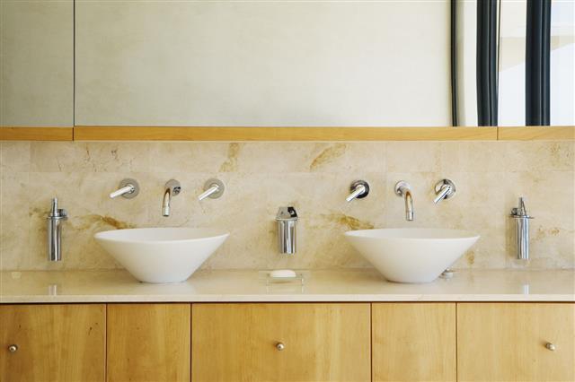 Modern Bathroom Vanity And Sinks