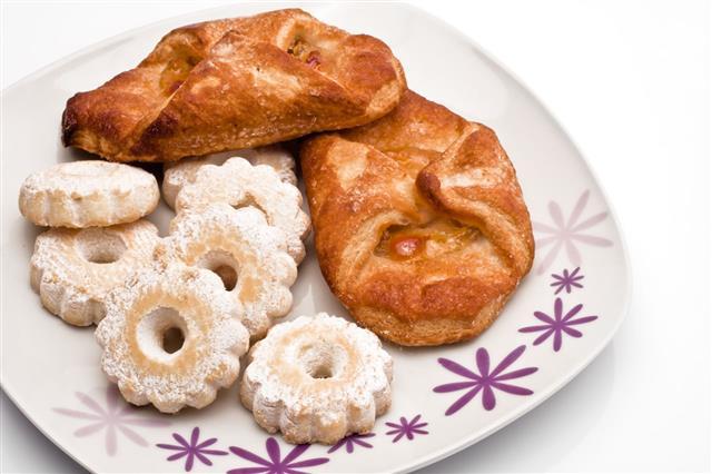 Apple Dumplings With Italians Biscuits