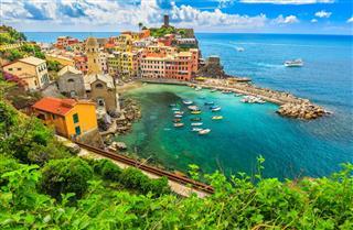 Bay Vernazza Cinque Terre Italy Europe