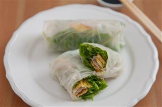 Vietnamese Spring Rolls With Egg Omlette