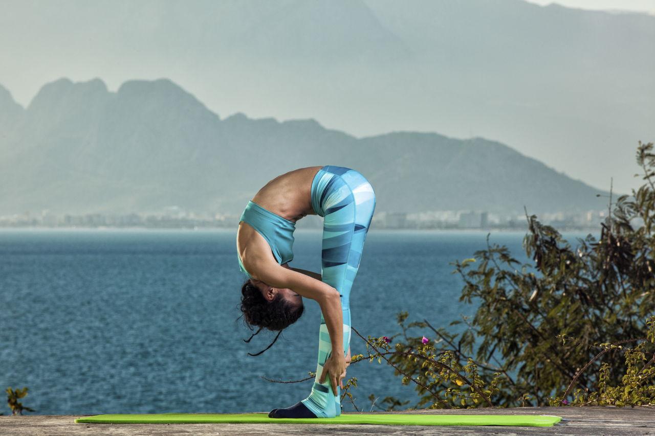 Spine-lengthening Exercises