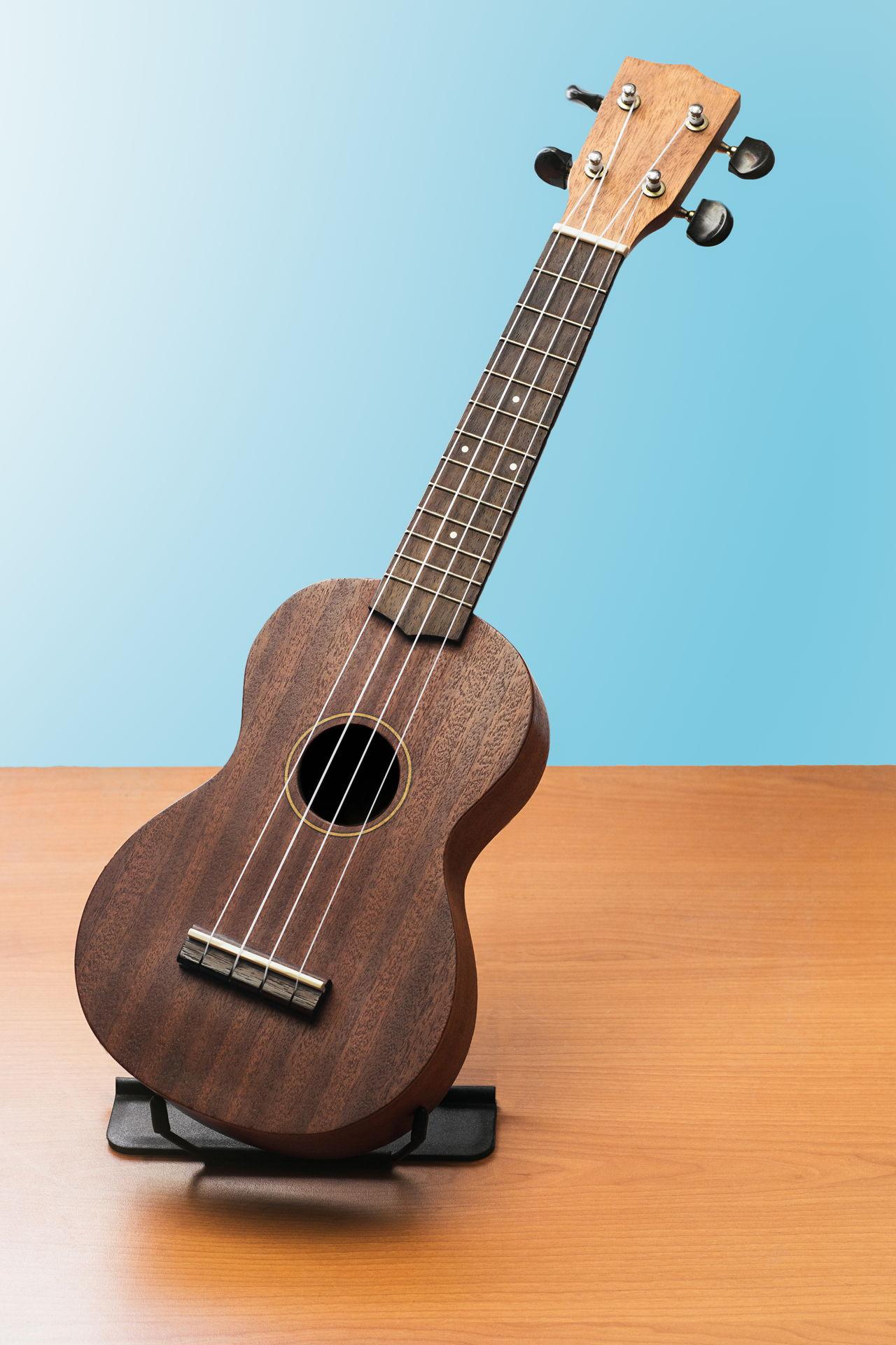 best acoustic guitar for beginners. Black Bedroom Furniture Sets. Home Design Ideas