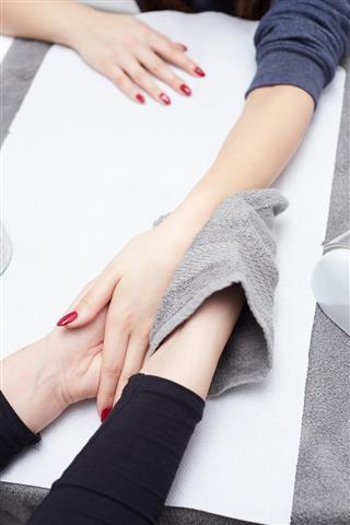 woman hand massage