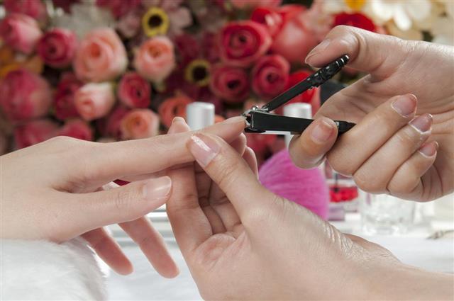 Cutting Fingernail