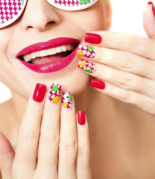 Textured manicure