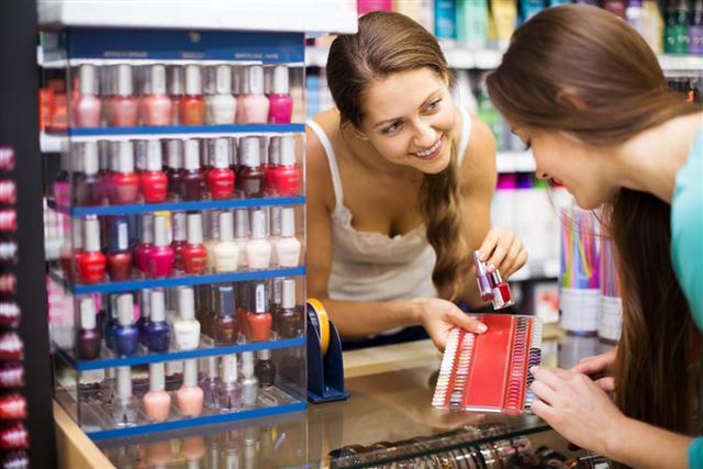 Girl serving purchaser