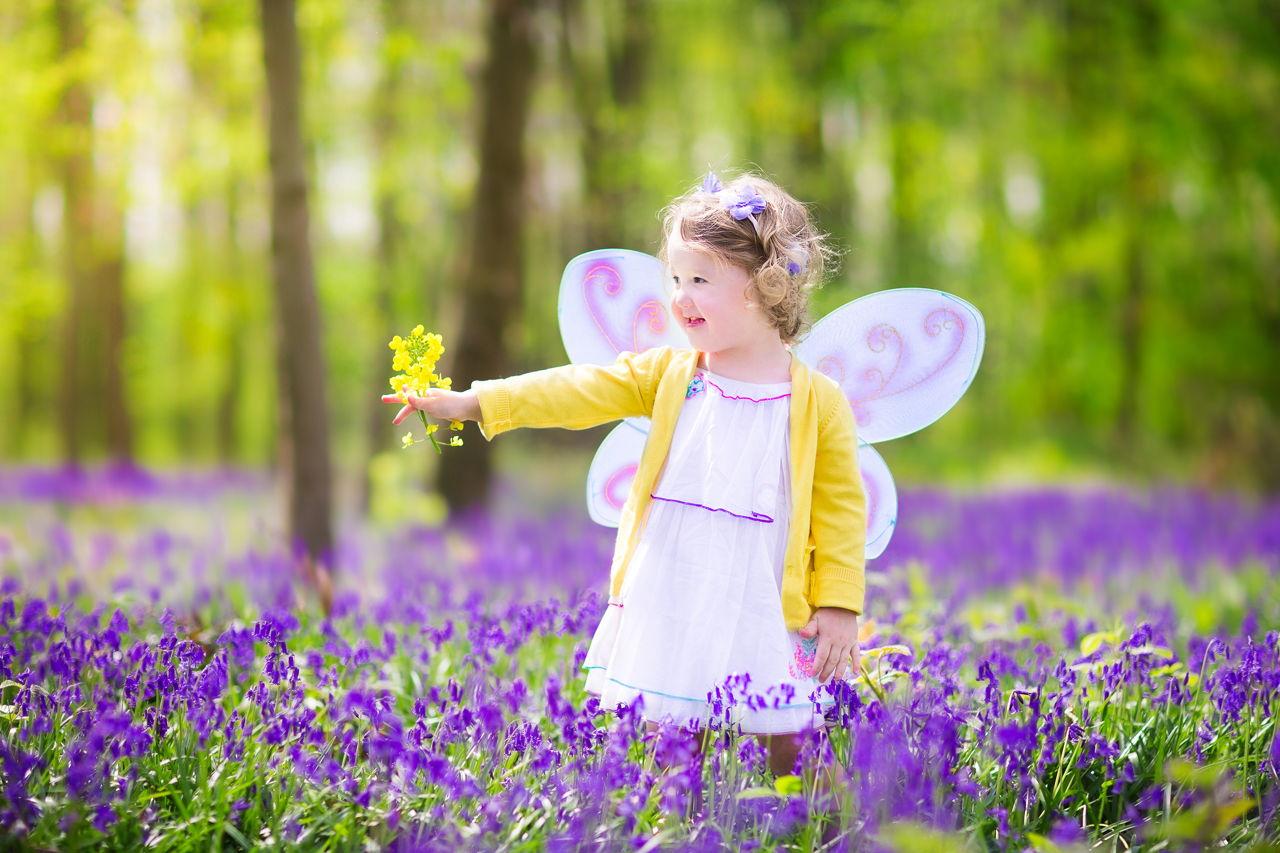 0603e0debf9 Toddler Girl Wearing Fairy Costume