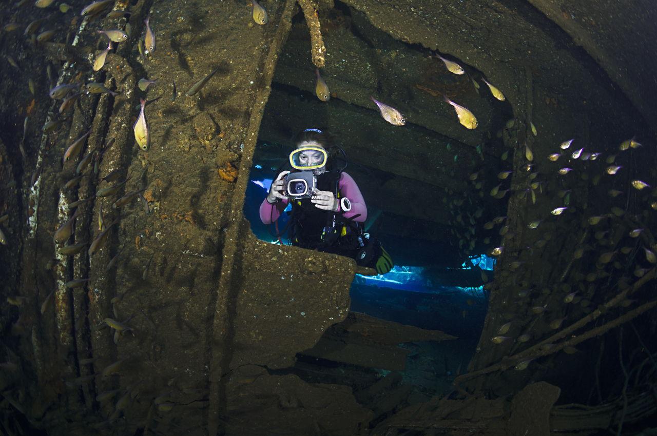 Waterproof Camera Reviews
