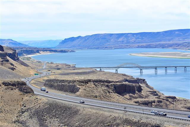 Vantage Bridge Wa