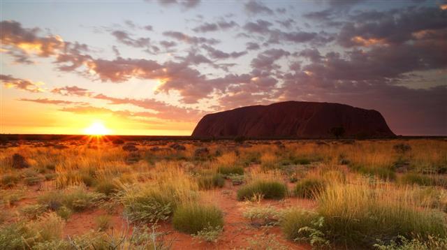 Uluru Dawn Northern Territory