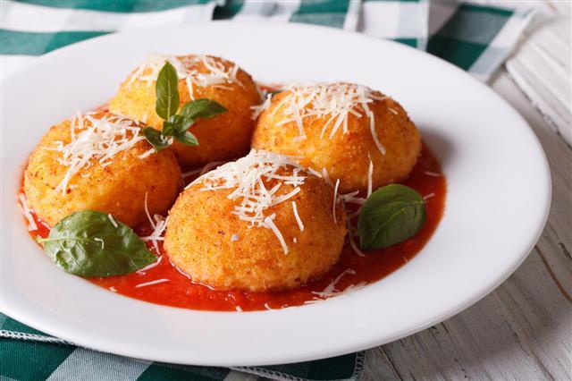 Delicious Fried Arancini Rice Balls