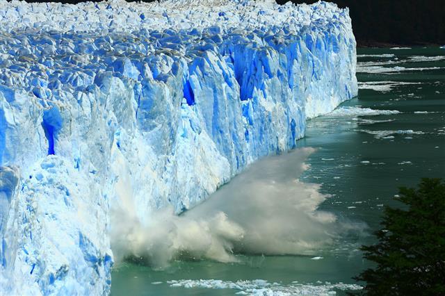 Collapsing Glacier