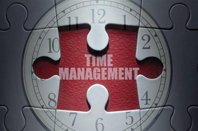 Time management puzzle concept