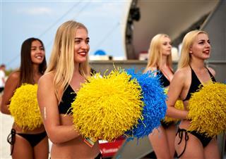Beautiful Cheerleader Girls