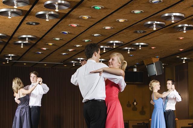 club-dancing