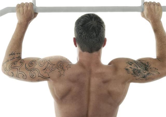 Fitness man exercising