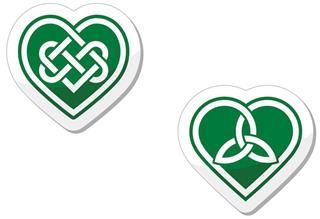 Celtic green heart knot