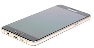 Samsung Galaxy A5 Gold Smartphone