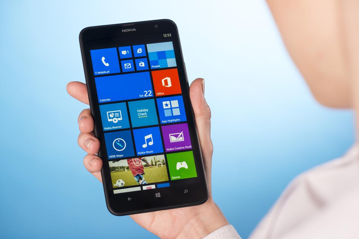 Nokia Lumia Icon Review - The Iconic Luminary