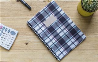 Spiral notebook or ring binder book