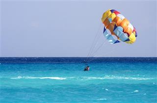 Parachute mexico playa del carmen