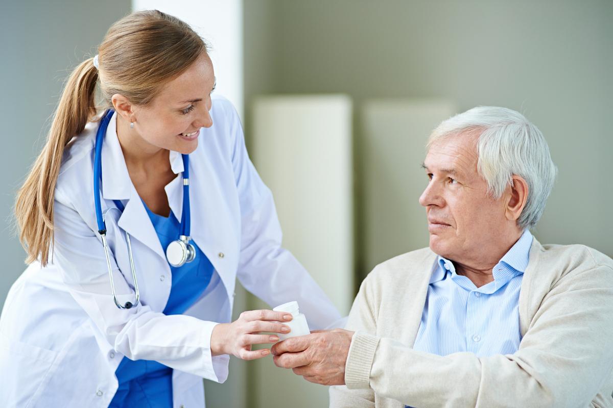 Duties of a Certified Nursing Assistant (CNA) - Career Stint